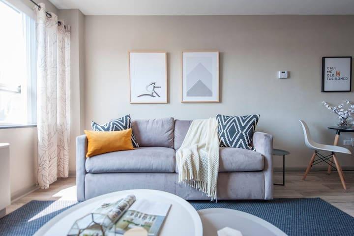 Abode | Downtown Louisville | 1-Bedroom + Sleeper Sofa