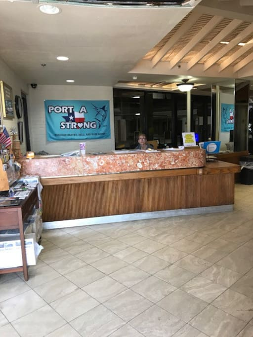 24 hour Front Desk with Security