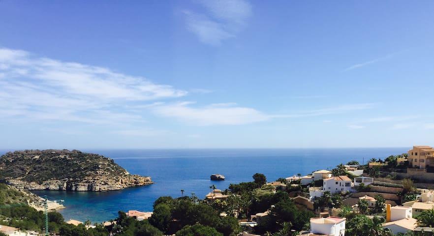 Villa (max 26 person) with sea views
