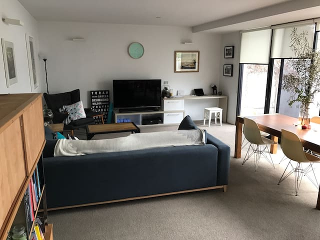 Two bed/bath apt in Windsor - Windsor - Wohnung