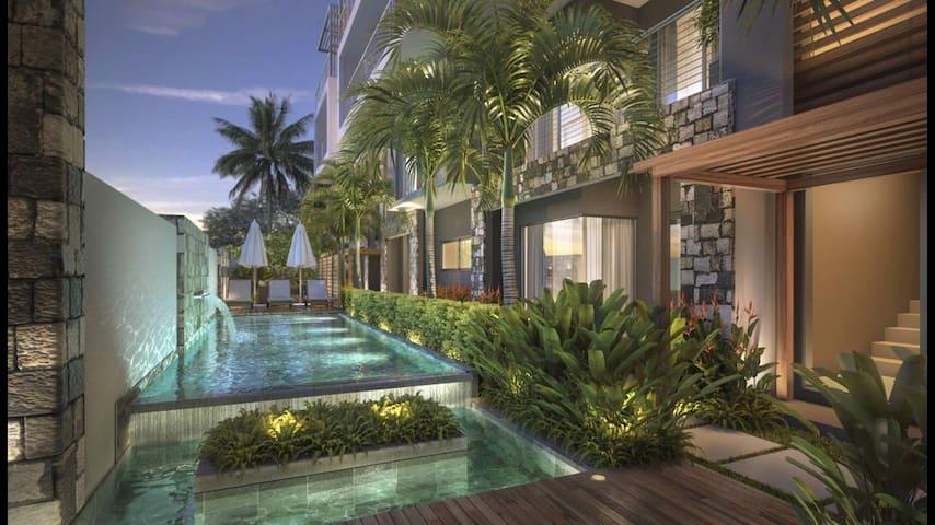 Luxury Westwood 2 bed App+pool 🌴