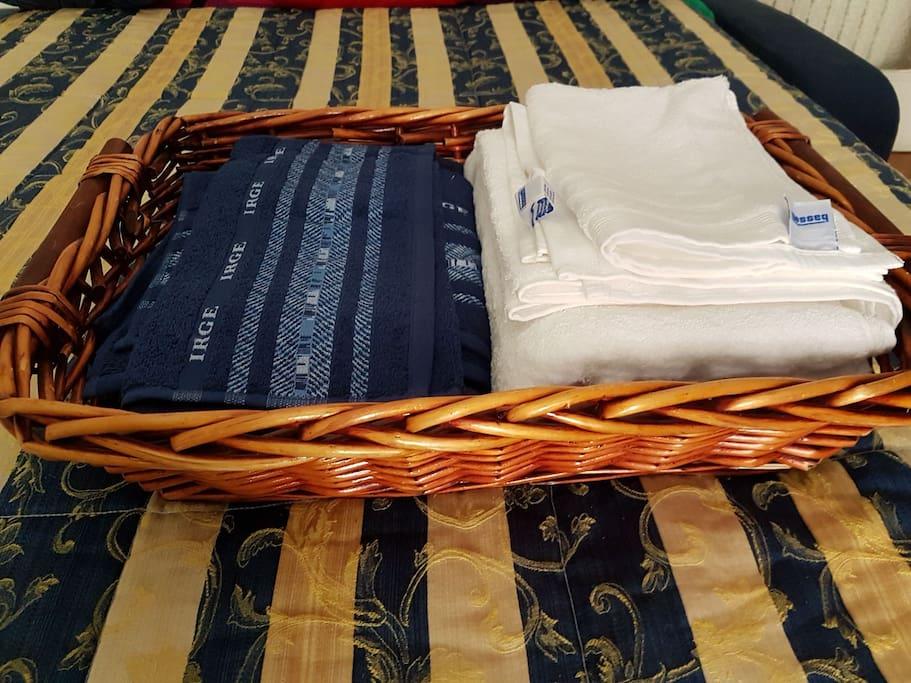 Tris asciugamani