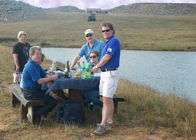 Picnics at the dam are very special