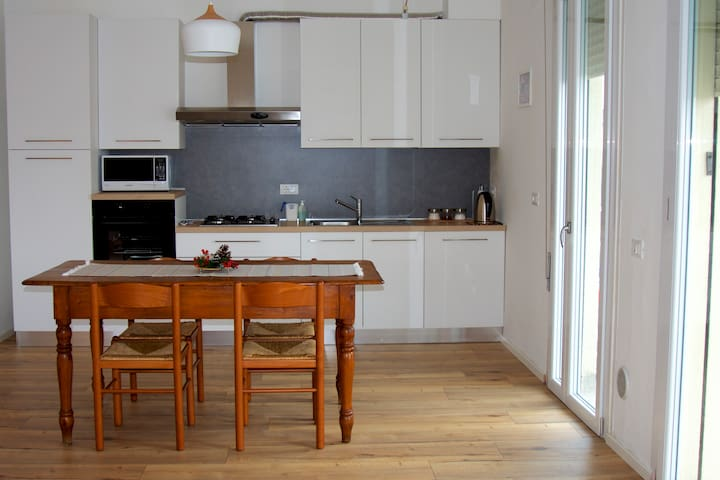 Big Modern Flat close to Venice + FREE Parking