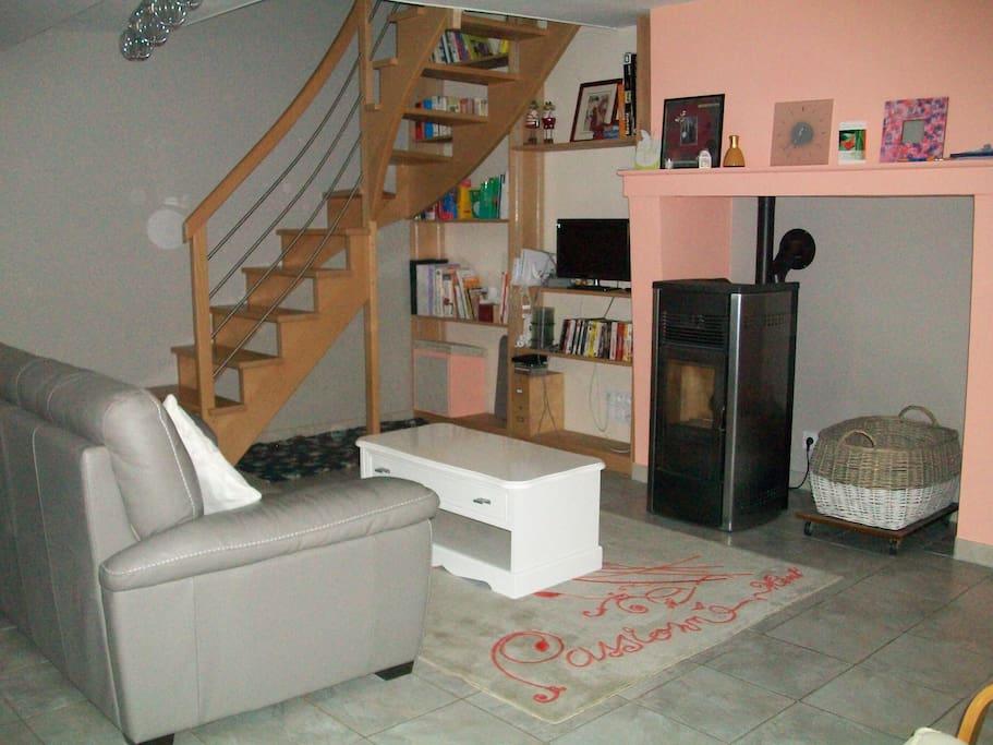 chambre louer chez l 39 habitant maisons louer andign pays de la loire france. Black Bedroom Furniture Sets. Home Design Ideas