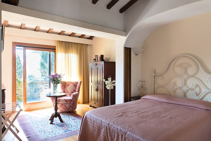 Villa Gaudia on Florence hills - Metropolitan City of Florence - Bed & Breakfast