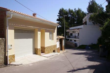 Maison neuve dans  Sierra Calderona - Estivella - Dom