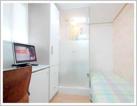Room a built-in facility There is a private toilet, refrigerator 기본 제공 시설입니다 개인화장실, 개별냉장고 있습니다 e-mail ; yko99999@naver.com