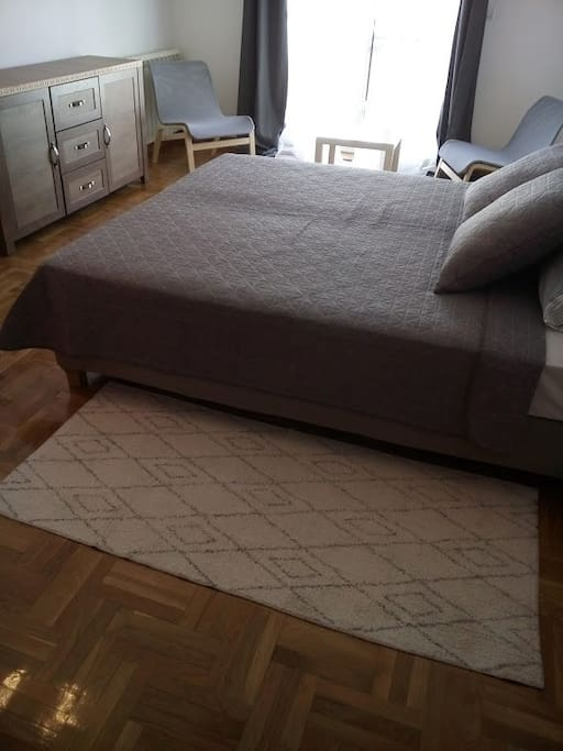 Apartment with one double bed.