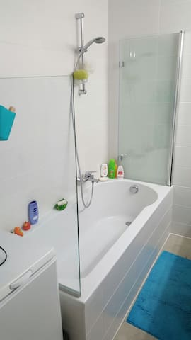 Small but cosy room for a short stay - Bruxelles - Appartement
