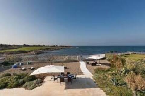 Villa Emiele Sea Inside
