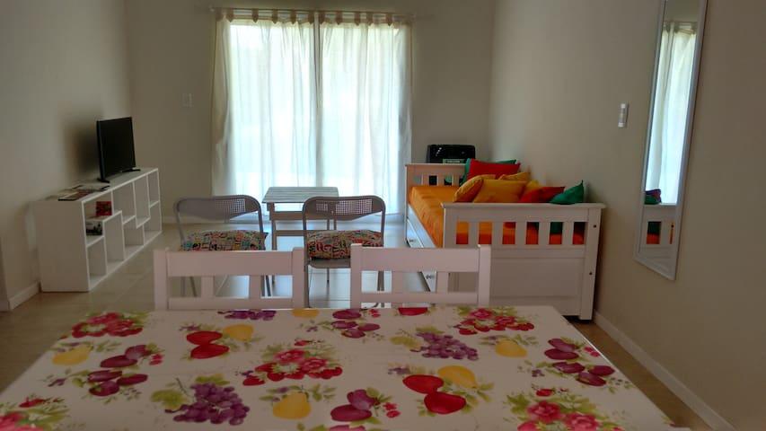 Departamento con jardín en Villa General Belgrano - Villa General Belgrano - Lägenhet