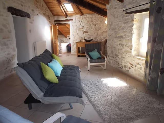 appartement dans mas ancien du XIIè - Hérault - Lägenhet