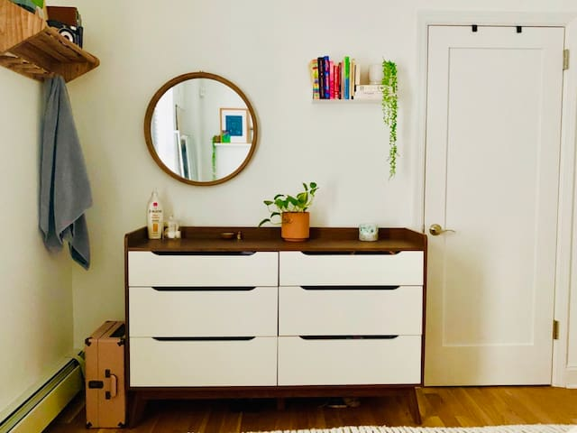 Perfect 1 bedroom Brooklyn apartment for summer!