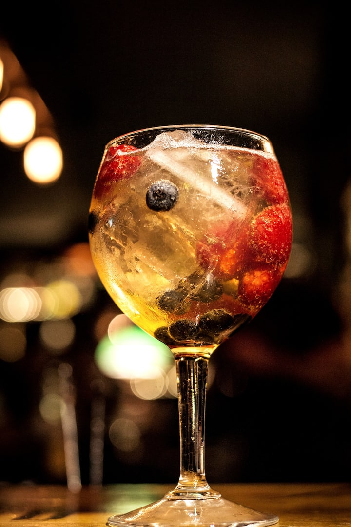 Learn how to make a perfect G&T