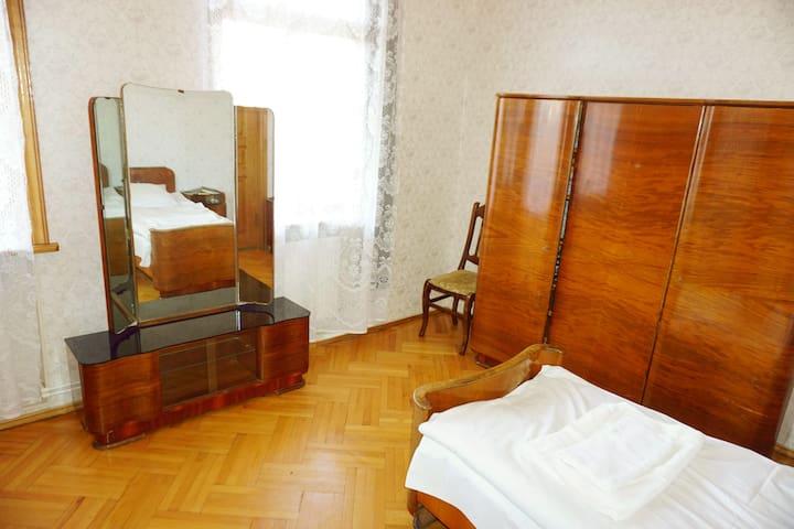 GuestHouse Zedafoni - Tbilisi - Rumah