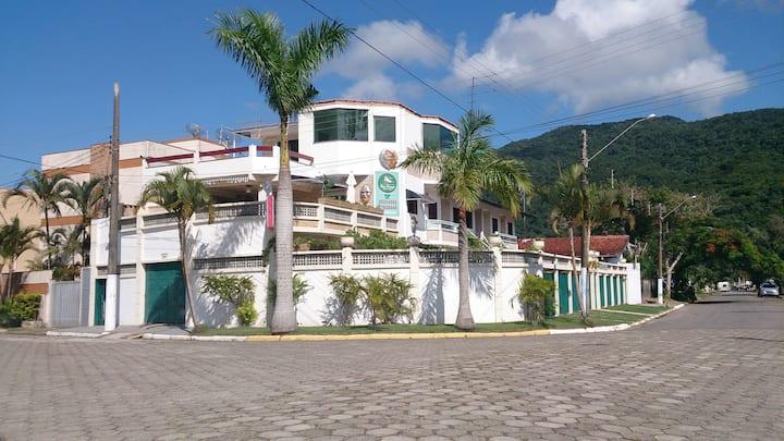 Vila Lorenzi | Apto Completo a 73 metros da Praia!