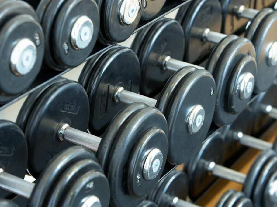 Free weights and other resistance training equipment is at your fingertips around the clock! Here's your reason to get started on that beach body you've always wanted or maintain the one you already have!