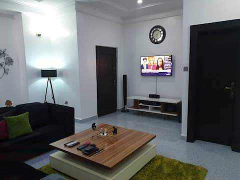 Well furnished and spacious 2 bedroom apartment