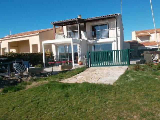 Villa Cap d'agde 12 personnes, direct plage