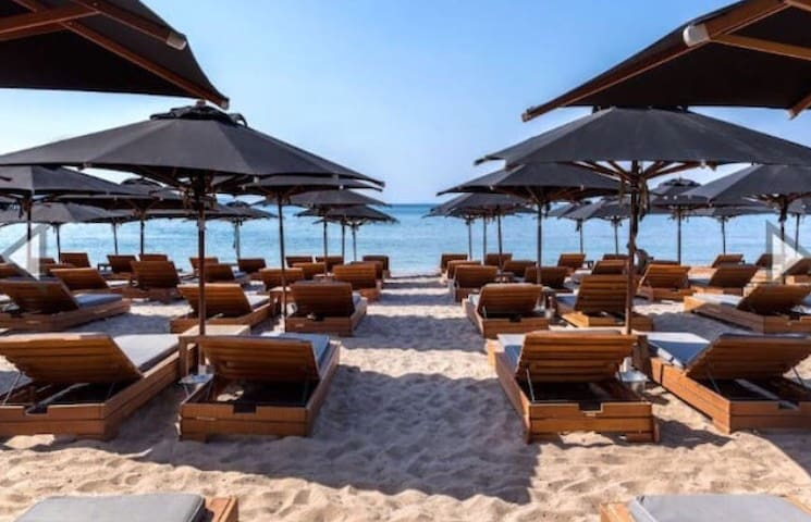 Posidonos Luxe BEACH HOUSE