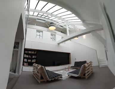 Loft architecte 120 M² - La Courneuve