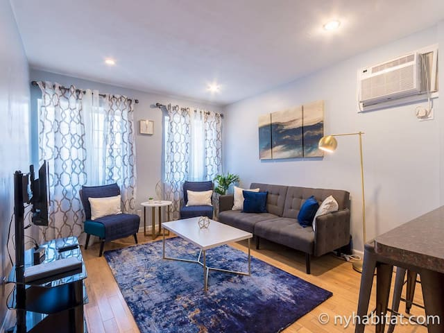 Renovated Bayridge Brooklyn 2 bedroom apt-6ppl