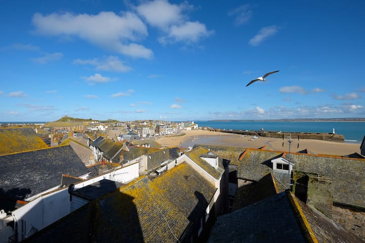 Academy Cottage, St Ives - One Bed Loft