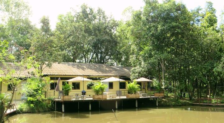 Isaan Perazim Park, Princess Suite