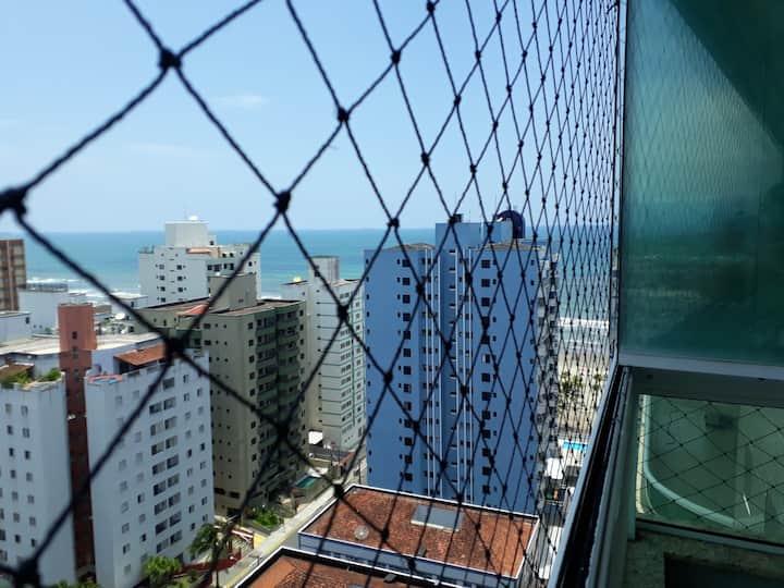 Apartamento  Vila Tupi  50 m da praia
