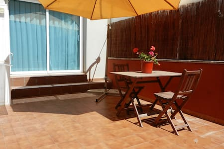 Loft con terraza cerca de la playa en Vilafortuny - Cambrils - Loft