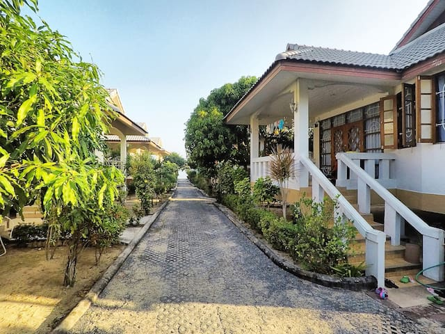 One bedroom house in the beachfront resort #10