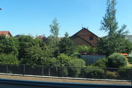 Flat in quiet location and close to the Prague - M - Vestec