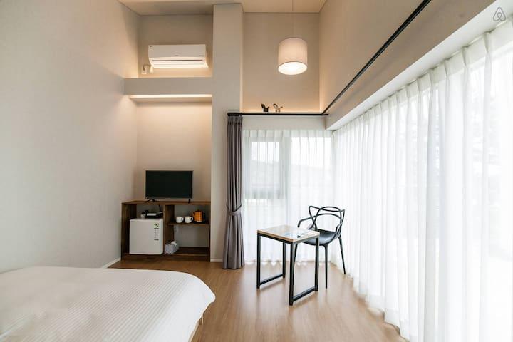 ★Ensuite private unit double room5 near Jungmun★