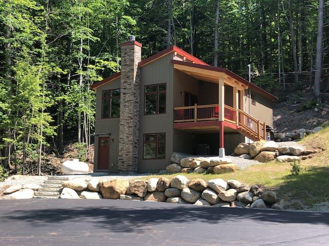 Must-See Bartlett Custom Built Timber Home