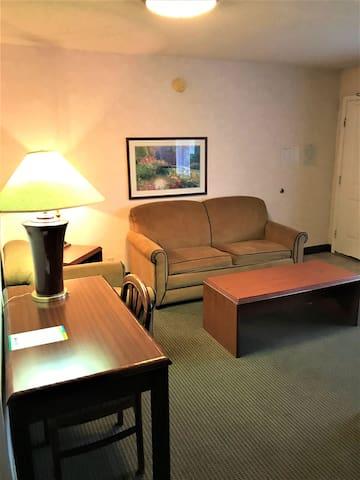 Amon Park Studios - Richland Washington - Suite 1