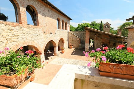 Apartment Casale Ischieto for 4 persons