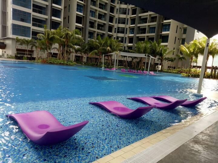 Atlantis Residents/Pool View /Condominium B23