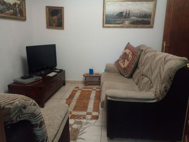 Connecting room - hot and cold air con - TV - Sat Channels - Dvds Cds - games