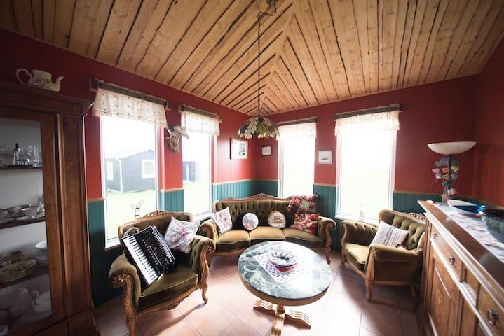 Midas Farmstay - Whole House