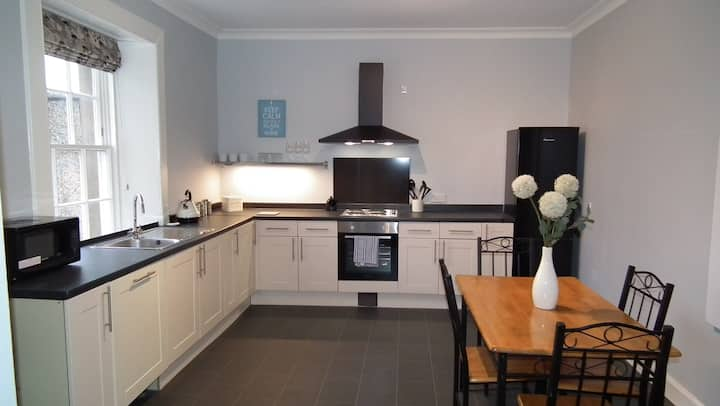 Cairns Braw Kelso - comfortable, town location