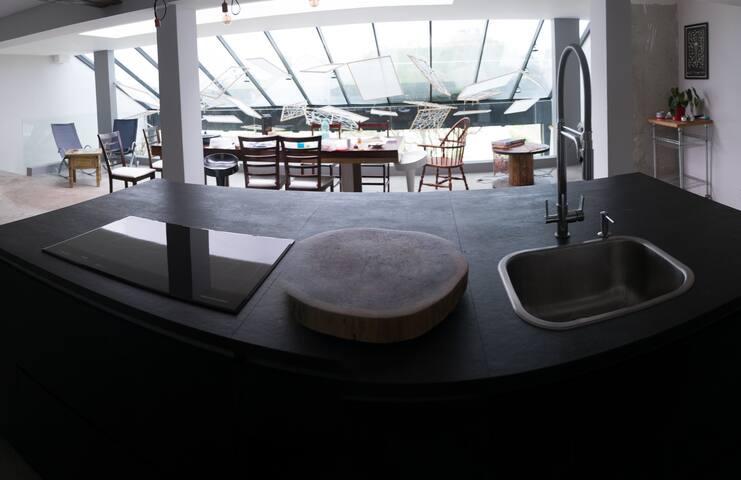 Casa 22 - Moderna e Espaçosa - Curitiba - Ev