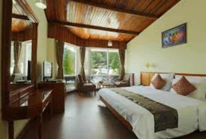 Kufri Holiday Resort - Deluxe Room