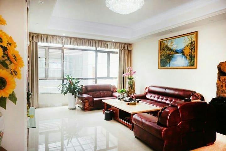 从化温泉小乡村望谷美庐6房10床/泡池/KTV/煮饭/聚会