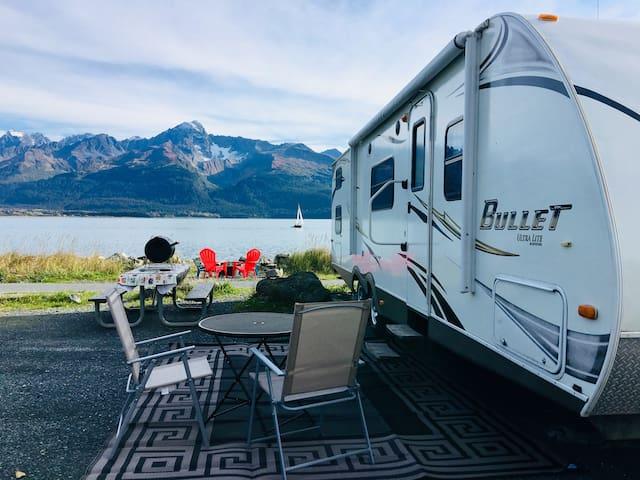 Bunk House - Alaska Mobile Vacation