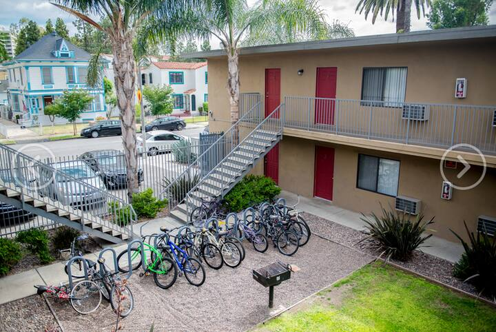 2BD/1BA unit around USC