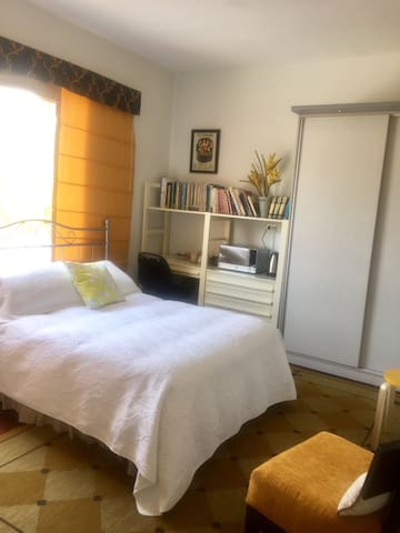 Comfy Studio Gold in San Isidro!