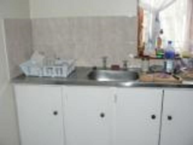 Kitchen - Wash-up Area