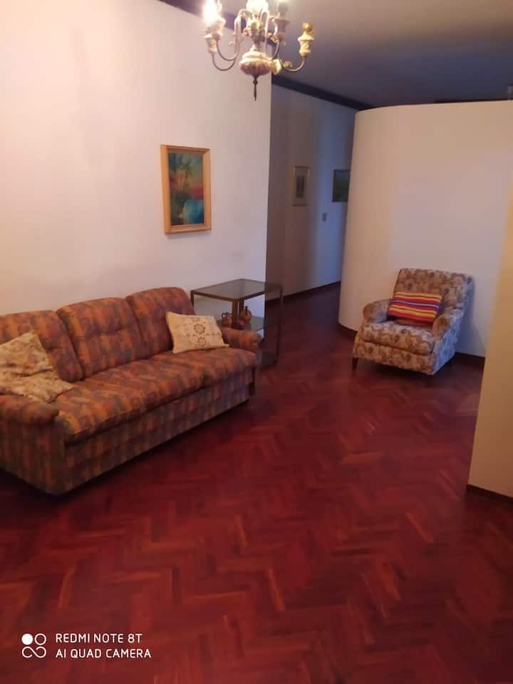 Appartamento Zona fiera del Levante (03.10/11.10)