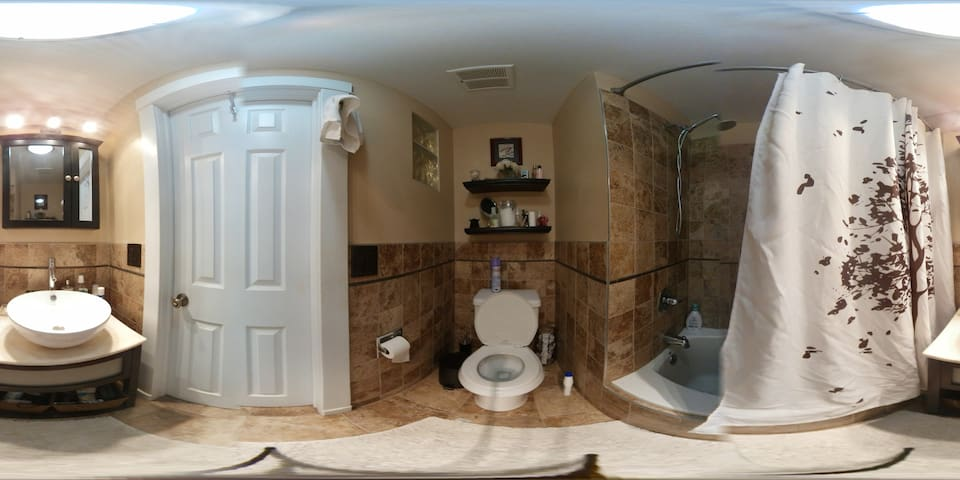 Bathroom area in 360.